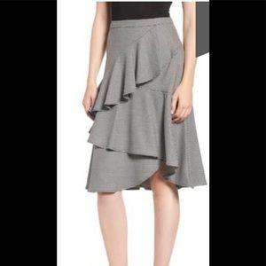 NWT Vince Camuto ruffled skirt